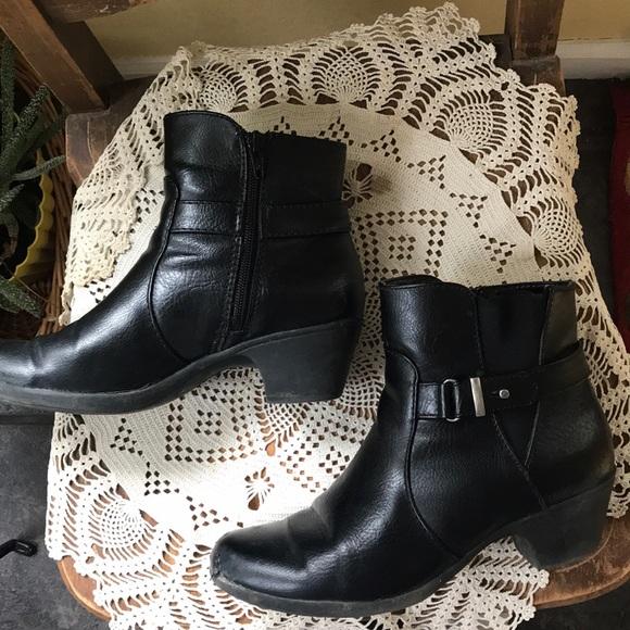 croft & barrow Shoes - Croft & Barrow 8 black ankle boot